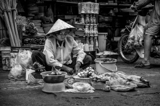 Making a Place for Her Goods, Saigon